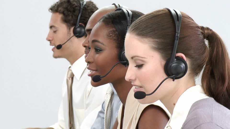 مطلوب عمال اتصالات