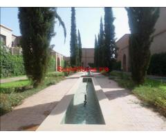 Coquette villa vc beau jardin de 3ch à Targa