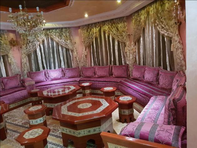 Villa prestigieuse 630m2 à coté d'hôtel Zaki