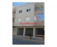 Appartement vide de 94m² au quartier Almoujahidine