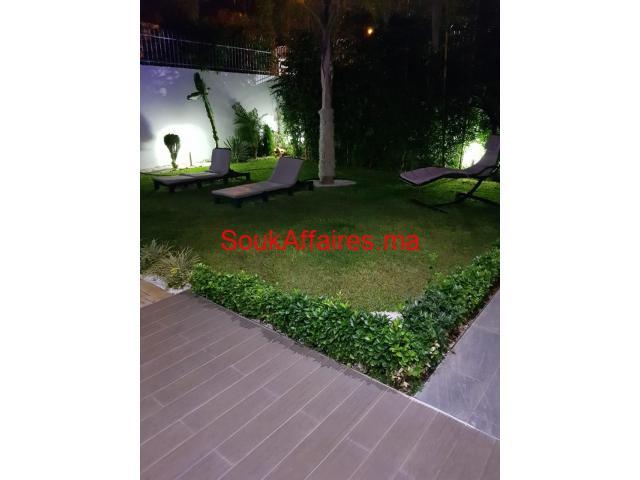 villa à vendre de 600 m2 à kénitra