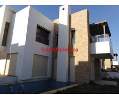 villa prestigia à vendre à kénitra 700 m2