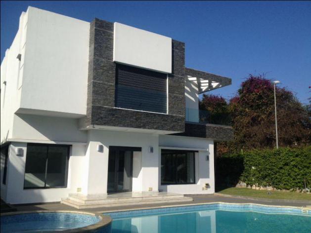 Villa de charme jamais Habites a vendre très Haut Standing a Californie