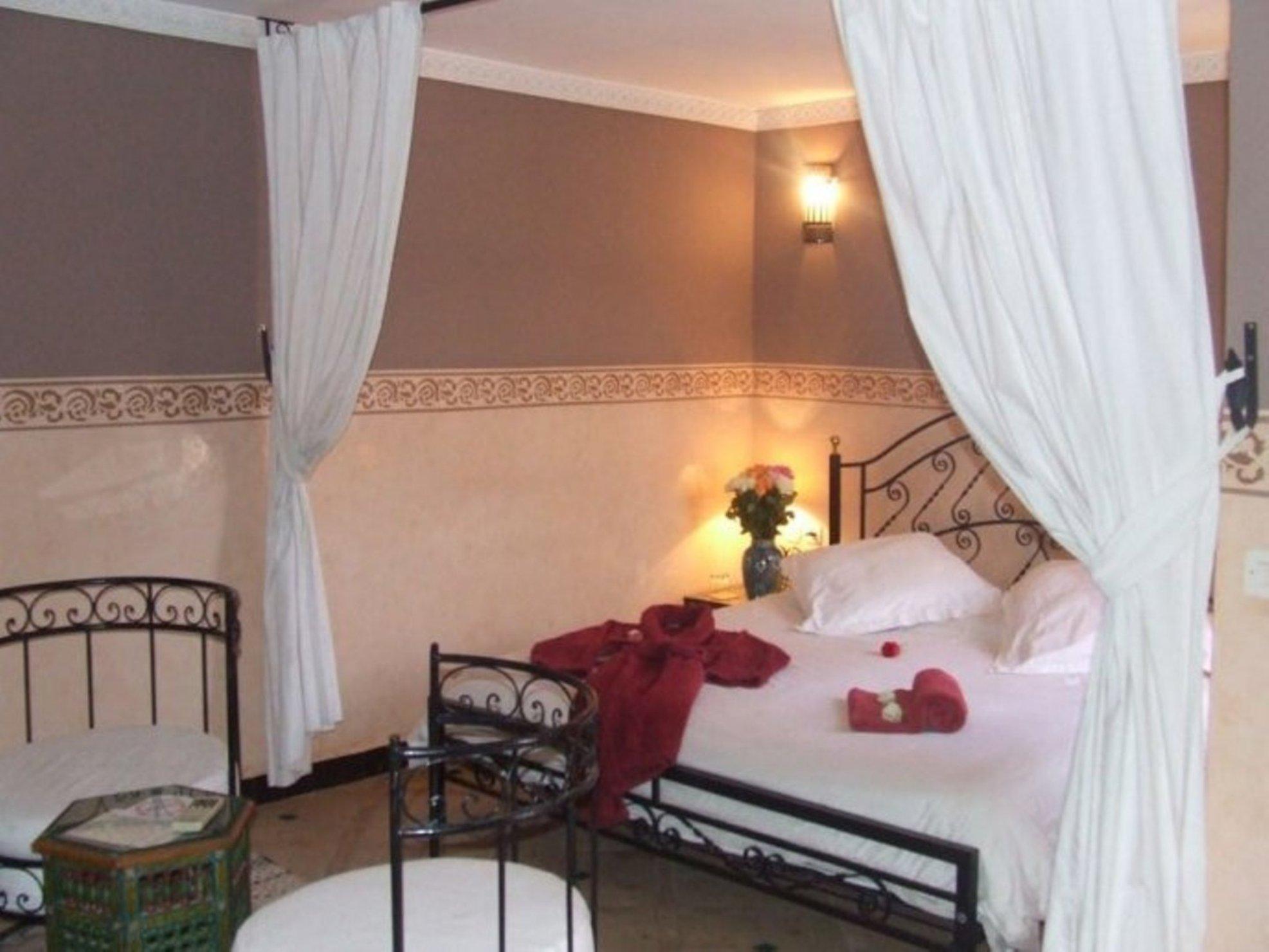 Riad de 6 chambres a vendre marrakech medina
