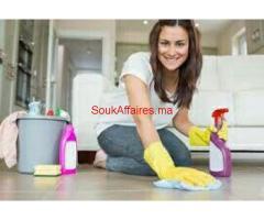 Des femmes de ménage Jardinier rabat